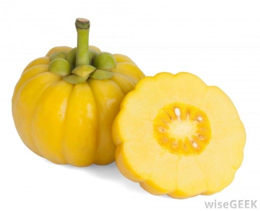 garcinia-cambogia-whole-and-cut