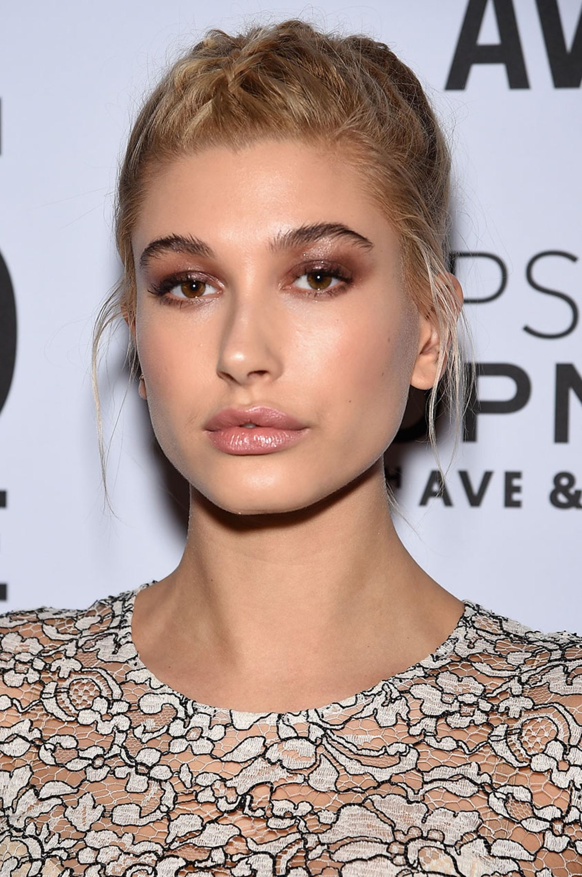 hailey-baldwin-5