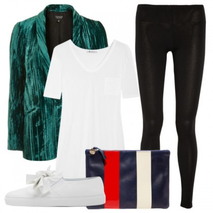 how-to-wear-leggings-velvet-blazer-600x600