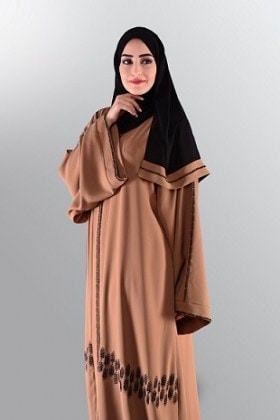 modest-in-gold-2800aed-1