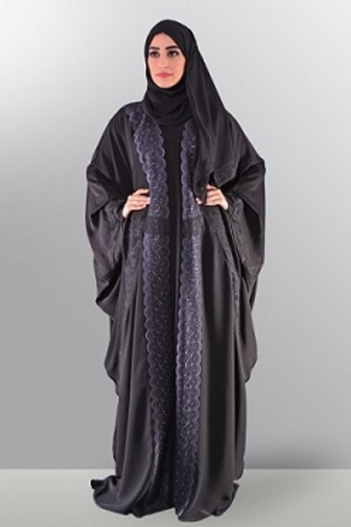 sophisticated-in-black-2500aed