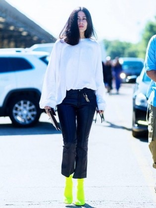 7-ways-to-wear-leather-trousers-and-look-effortless-1908198-1474296919.640x0c