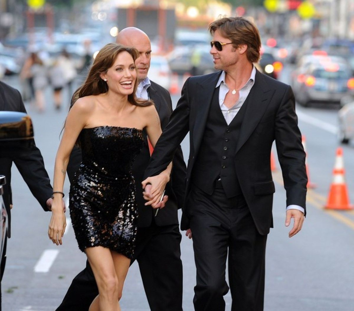 brad-pitt-angelina-jolie-relationship-married-ss09