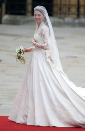 royal wedding westminster abbey kate arriving 3 290411