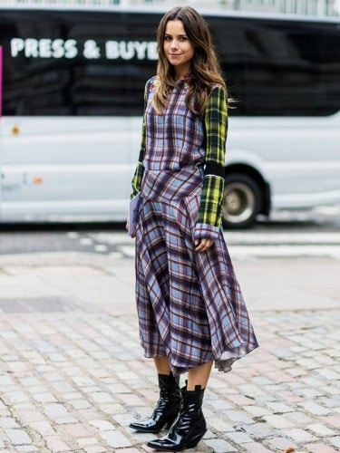 the-latest-street-style-from-london-fashion-week-1906865-1474099589.600x0c