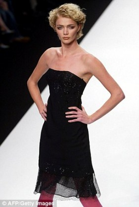 00A2C1BD1000044C-3862582-Pictured_Jodie_Kidd_during_her_career_on_the_catwalk_in_2005-a-2_1477168788511