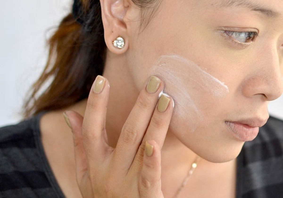 10-stepshow-to-apply-foundation-with-fingers-1
