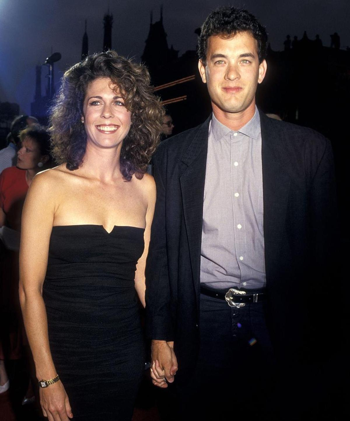 1458272944709_Tom-Hanks-and-Rita-Wilson-1987