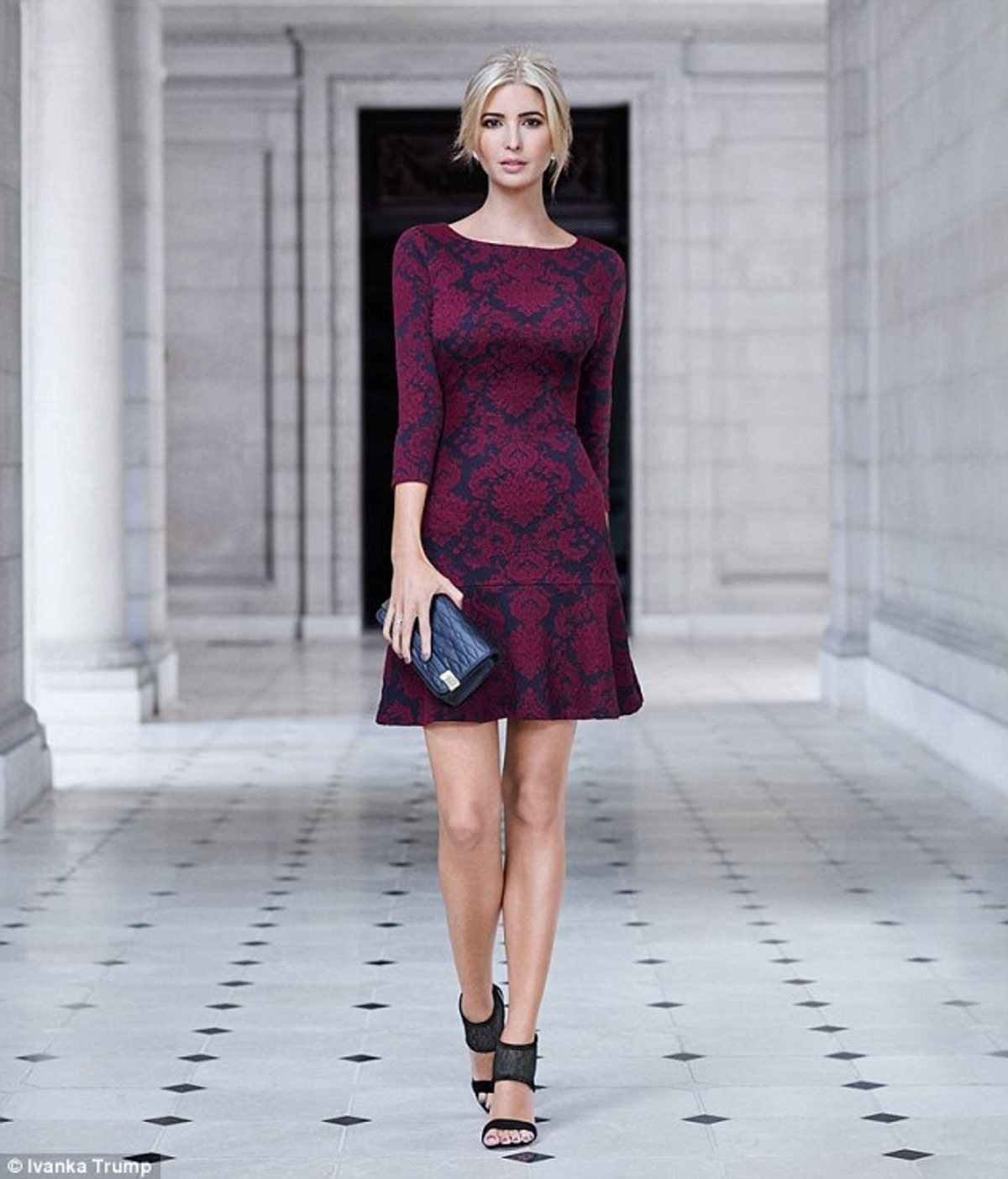 2C25F9AD00000578-3229289-Making_an_entrance_Ivanka_Trump_33_looks_absolutely_stunning_in_-m-13_1441894921055