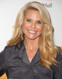 3920E7F600000578-3842210-Model_and_actress_Christie_Brinkley_looks_youthful_in_both_these-m-76_1476686612971