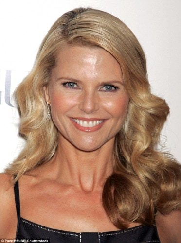 3920E80600000578-3842210-Uptown_Girl_Christie_Brinkley_pictured_in_her_50s_and_60s_how_do-m-74_1476686569065