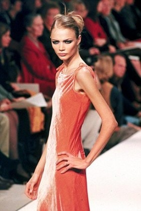 399BB53500000578-3862582-Pictured_Jodie_Kidd_during_her_career_on_the_catwalk-m-1_1477168780663