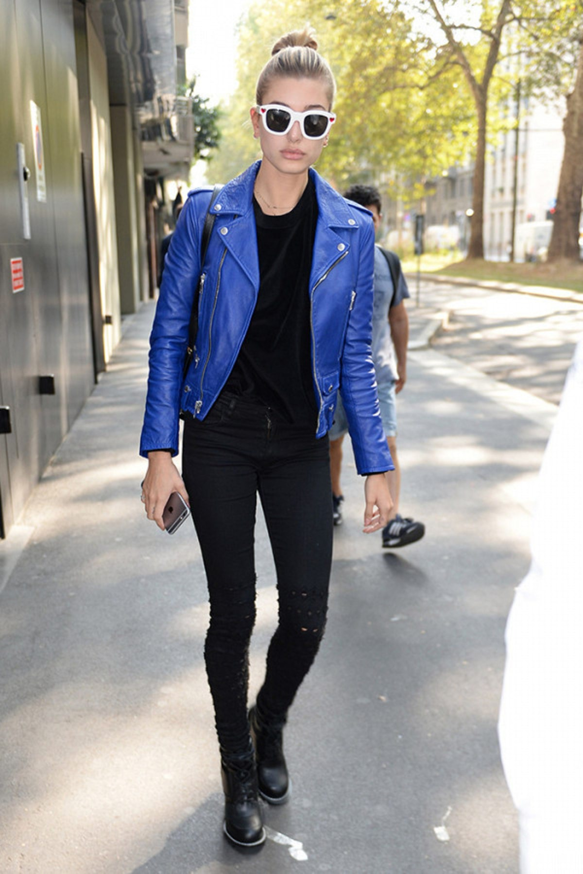 5-perfect-fall-outfit-ideasall-from-hailey-baldwin-2005510.600x0c