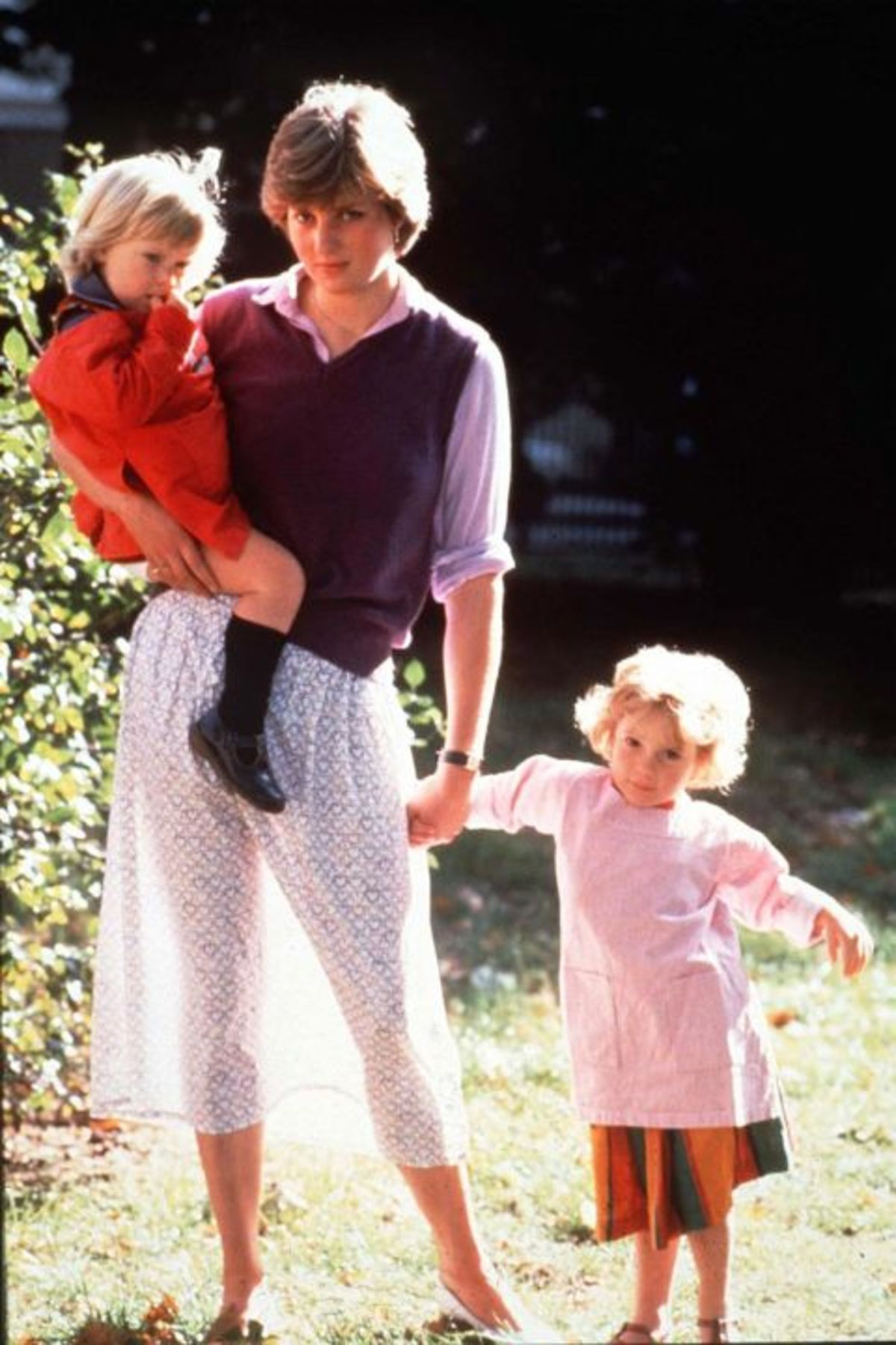 1464199393-1980-lady-diana-spencer