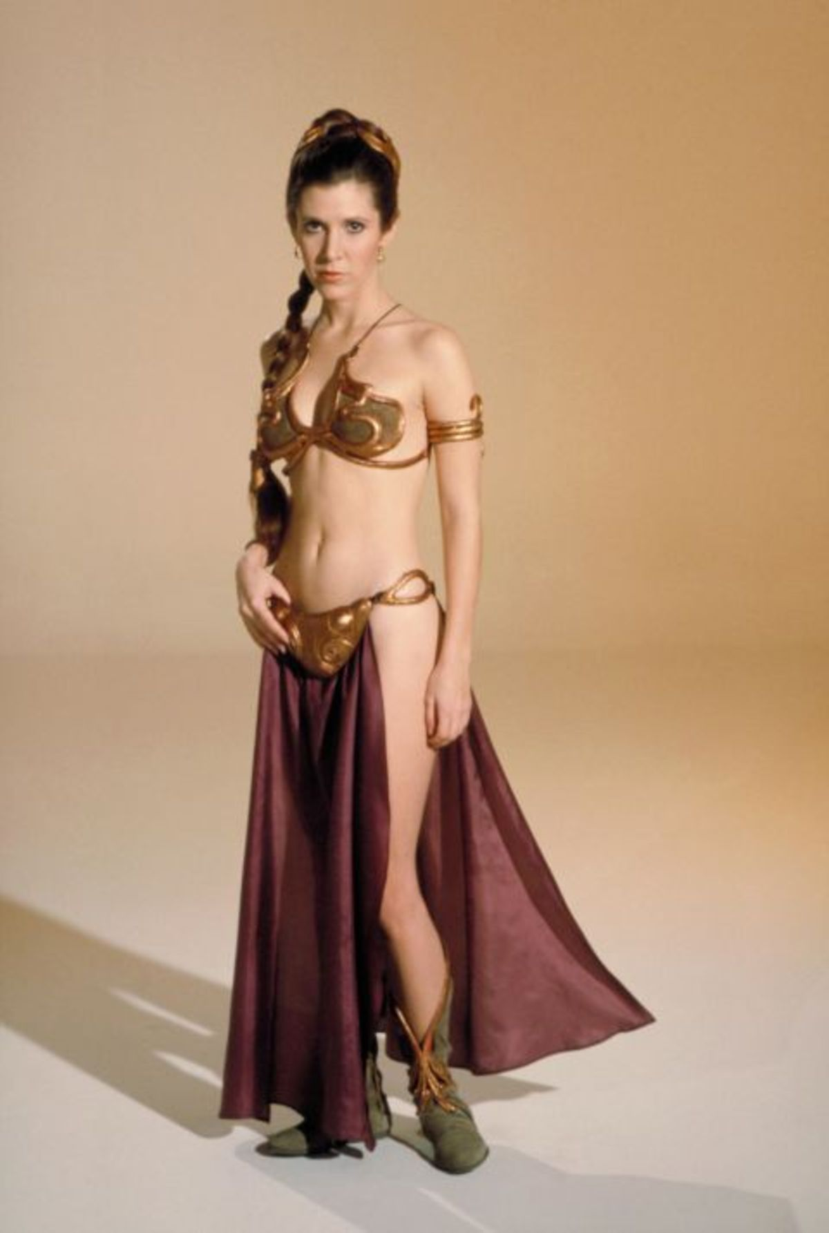 1464199404-1983-carrie-fisher-princess-leia