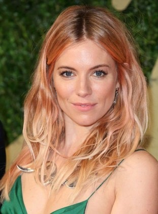 LONDON, ENGLAND - DECEMBER 02: Sienna Miller attends the British Fashion Awards 2013 at London Coliseum on December 2, 2013 in London, England. (Photo by Mike Marsland/WireImage)