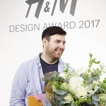 H-M-Design-Award-2017-Richard-Quinn-fait-triompher-la-mode-britannique