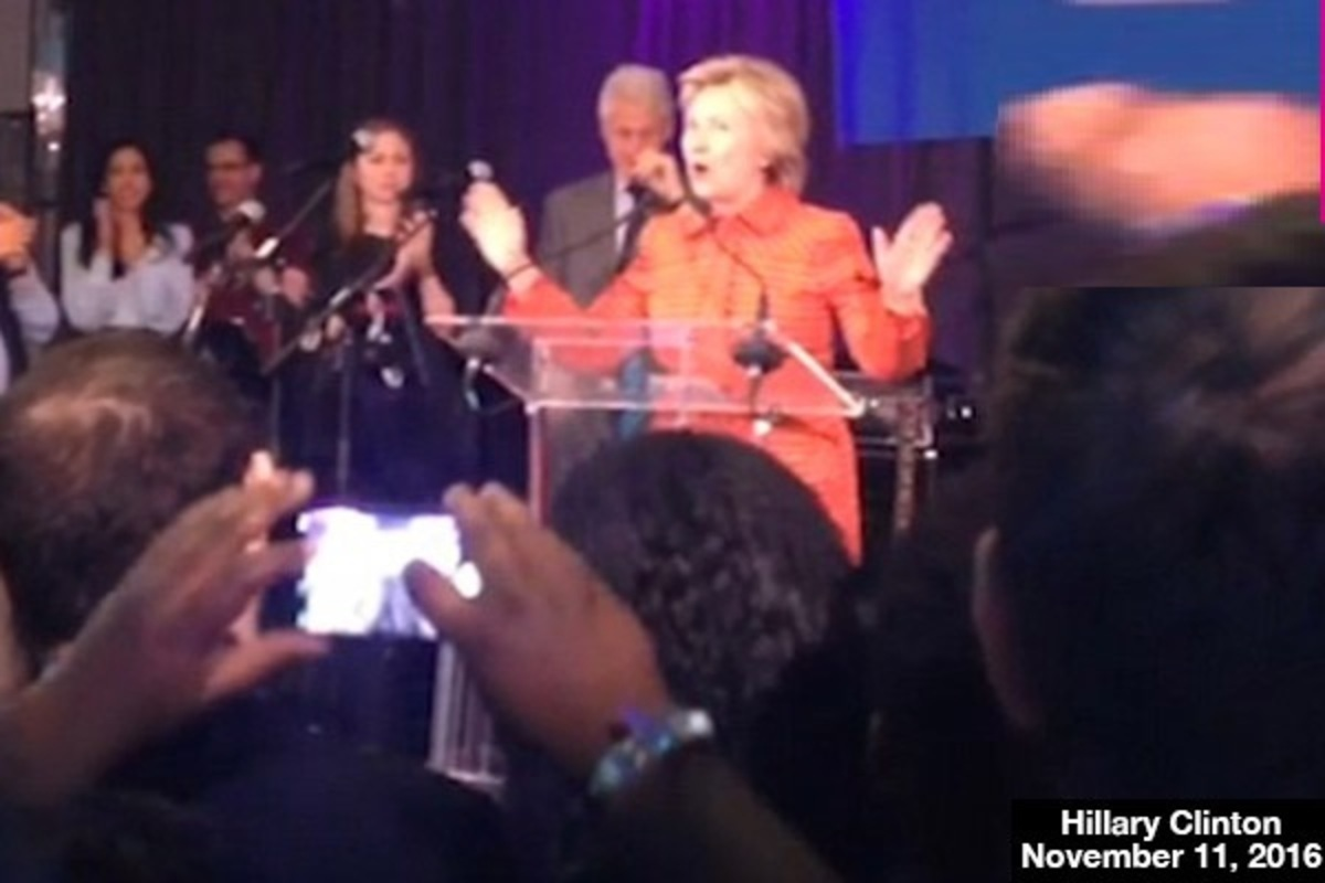 hillary-clinton-throws-party-for-staff-lead