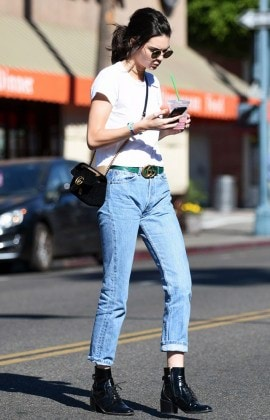 the-1-way-to-wear-jeans-and-a-white-t-shirt-right-now-2039482.640x0c