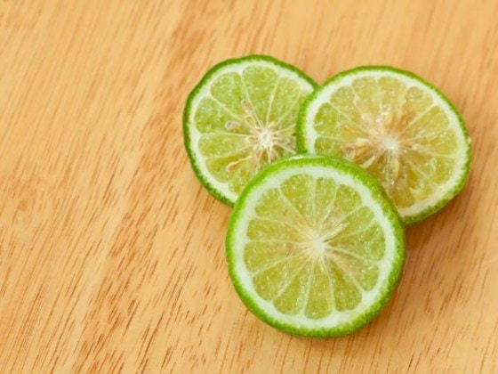 x12-1478923925-lemon.jpg.pagespeed.ic.VYF6adw5Is