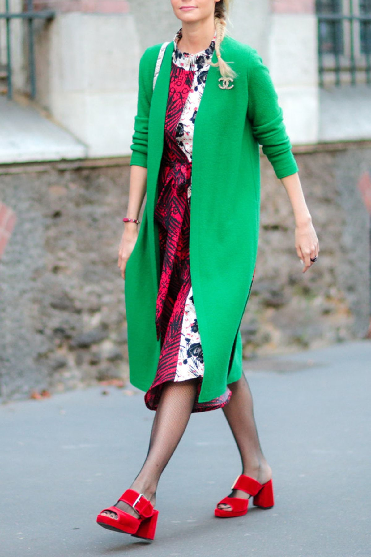 120816-red-green-street-style-4