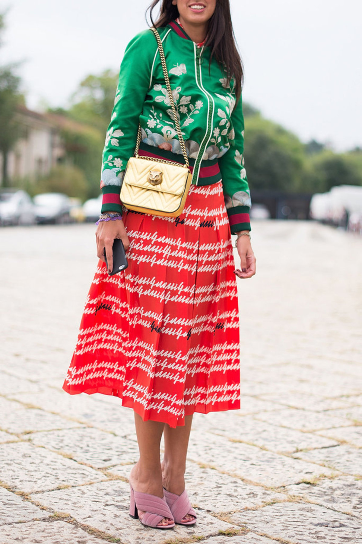 120816-red-green-street-style-7
