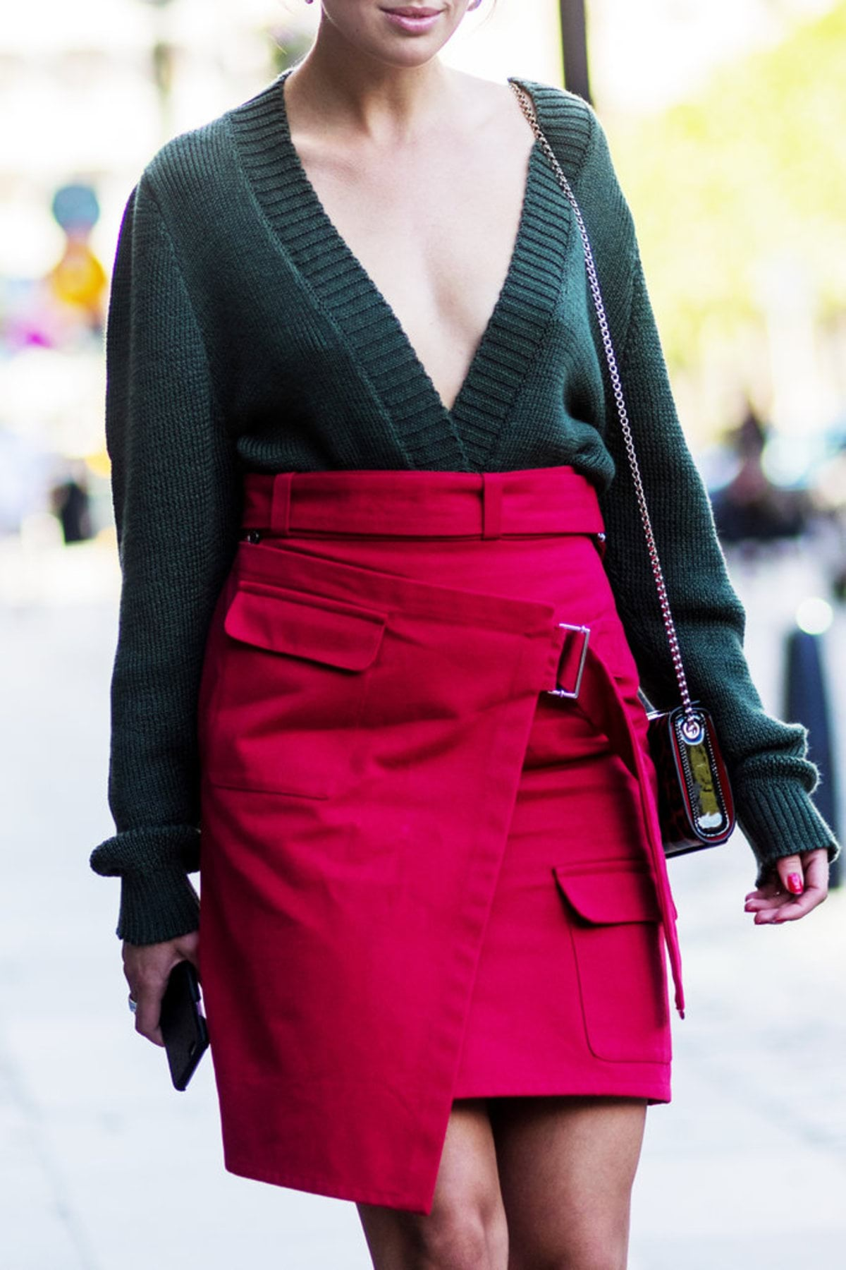 120816-red-green-street-style-8