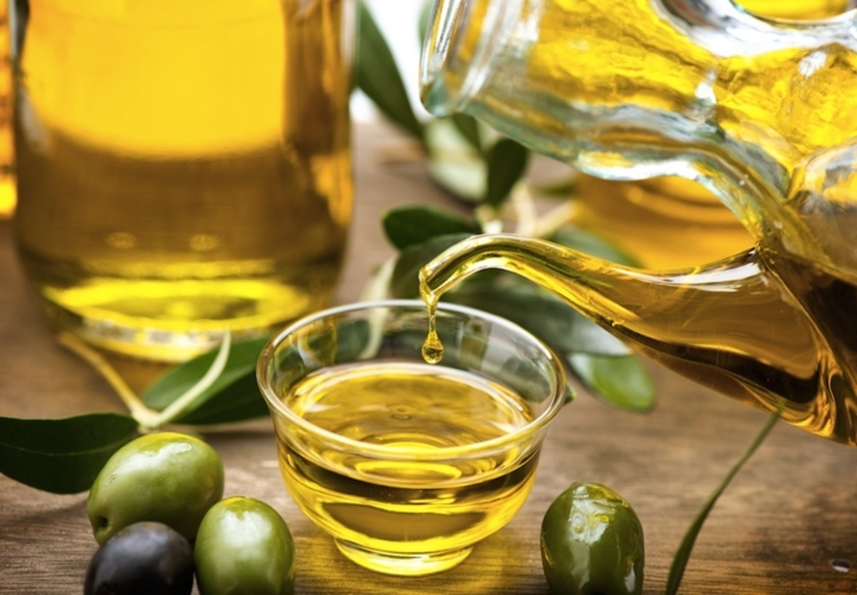 161122016_Olive-Oil-Photo