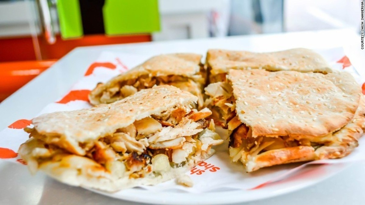 161213155351-abu-dhabi-must-eats-shish-shawerma-chicken-kaakeh-exlarge-169