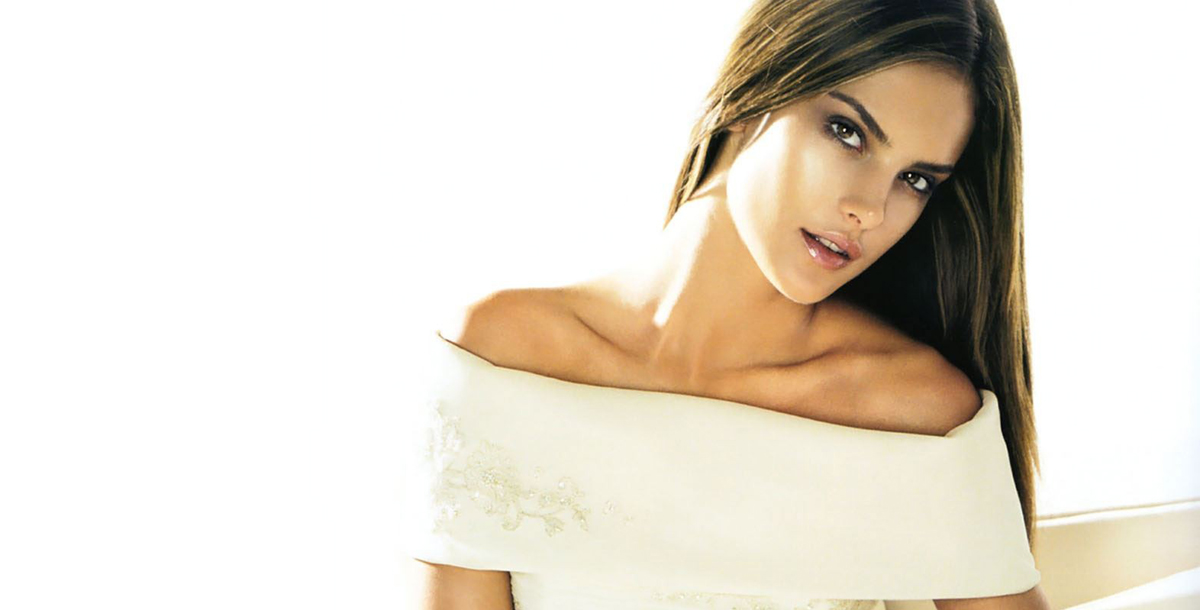 Alessandra-Ambrosio-Fashion-Model-1920x1080-wide-wallpapers.net