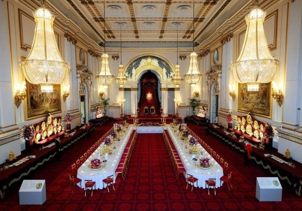 Inside-the-Royal-Ballroom-Buckingham-Palace