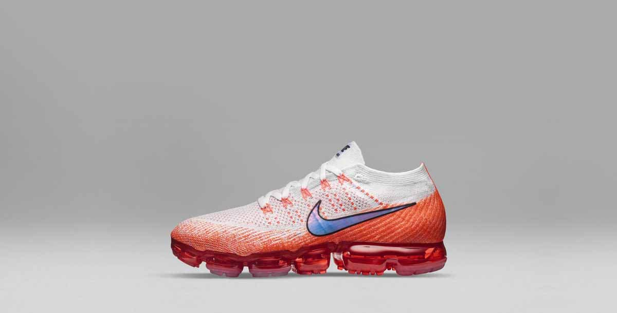 Nike_Air_VaporMax_Profile_Orange_native_1600