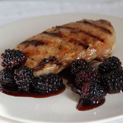 Pom-Glazed-Ckn-w-Blackberries-x