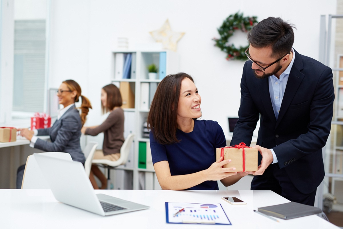 What-You-Should-Know-About-Tax-Deductions-for-Business-Gifts