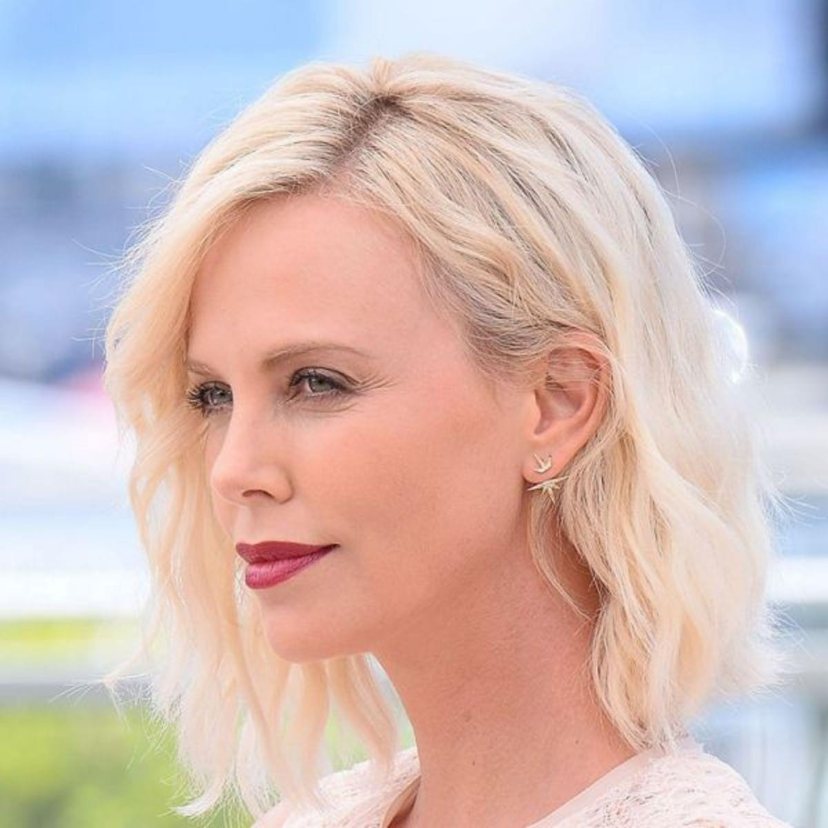 charlize-theron-jewelry-sydney-evan-600x600