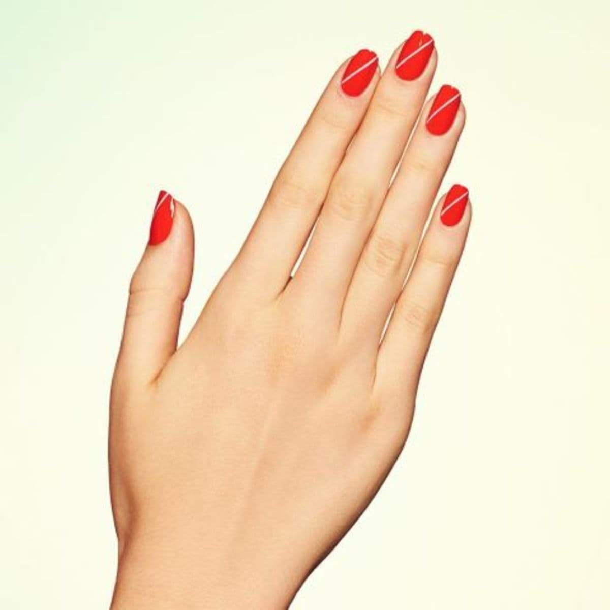 elle-red-nail-designs-paintbox