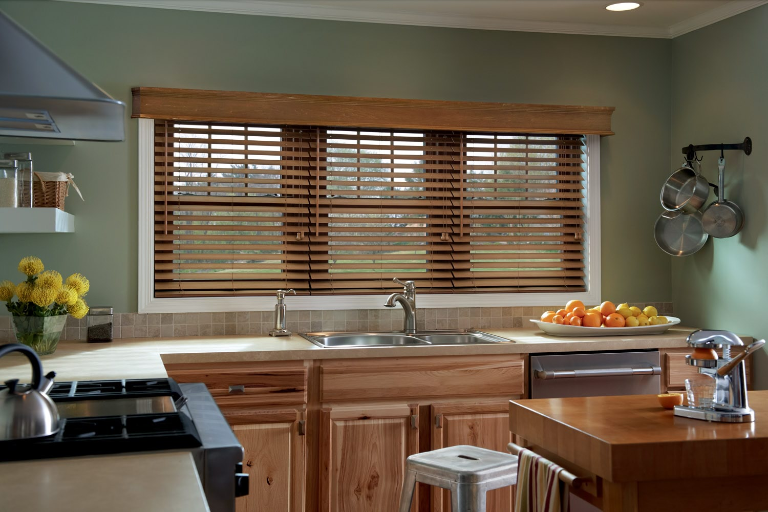 graber-wood-kitchen-blinds