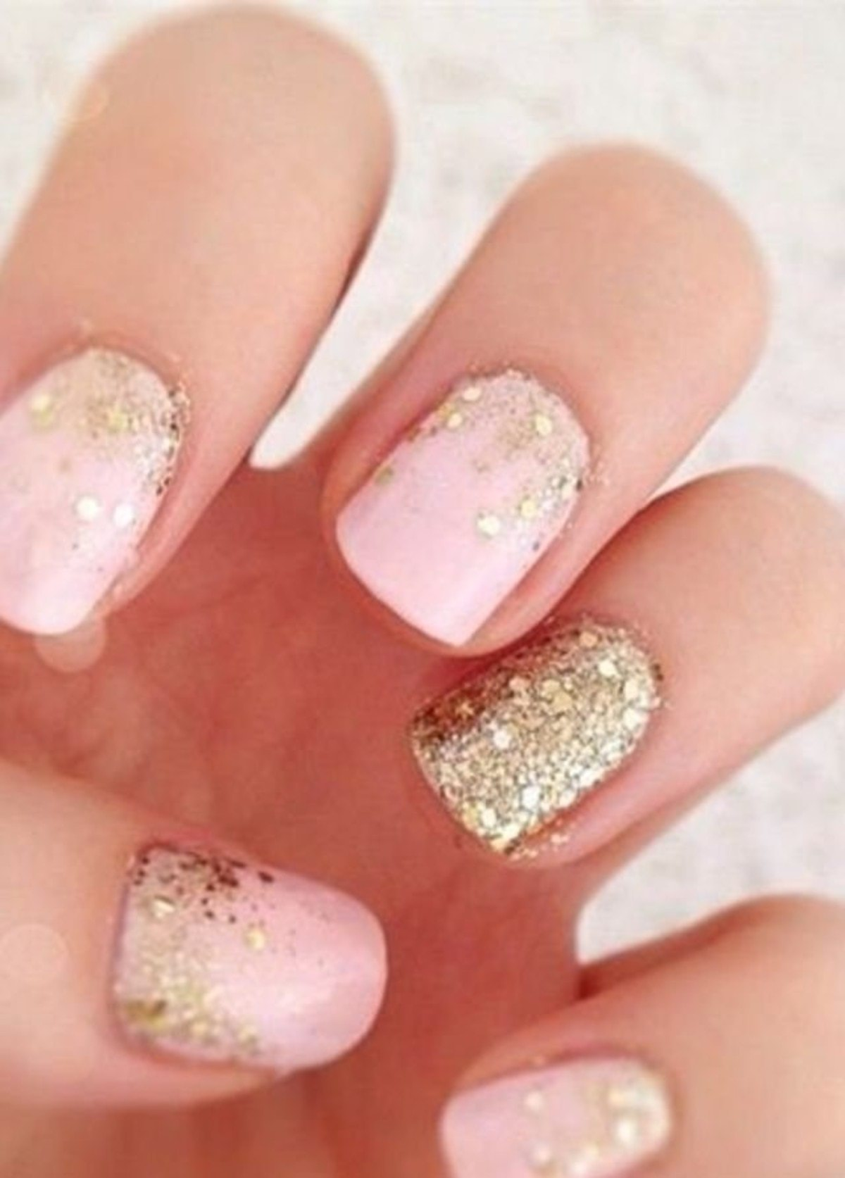 large_Fustany-Beauty-Nails-Pink_Nail_Polish-Pink_Nail_Art-5
