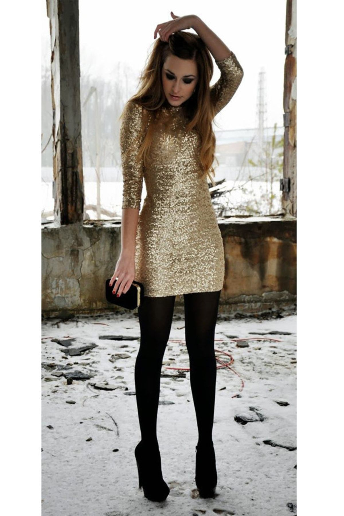 large_how-to-wear-metallic-clothes-fustany27