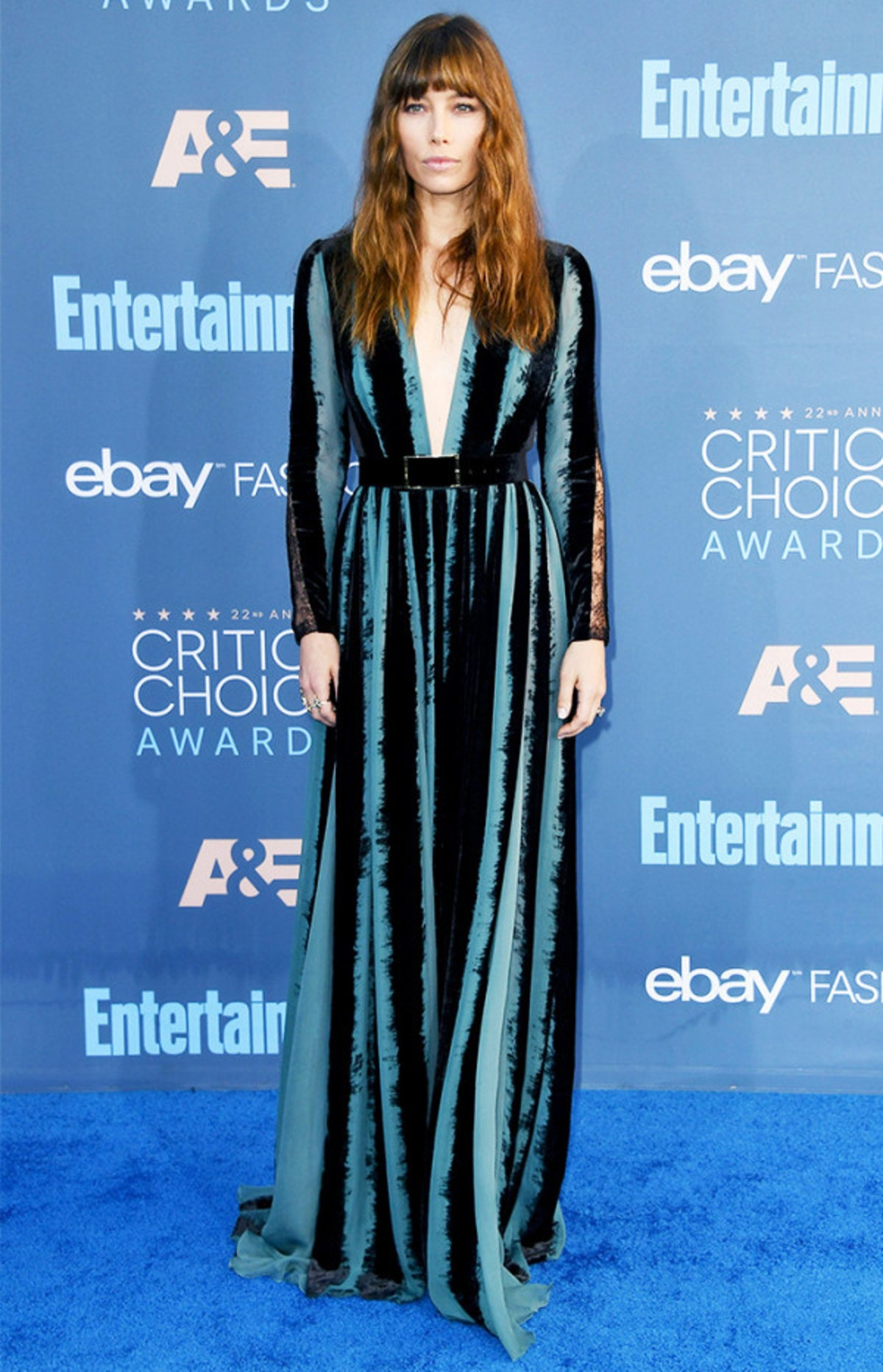 the-best-red-carpet-looks-from-the-critics-choice-awards-2075076.600x0c