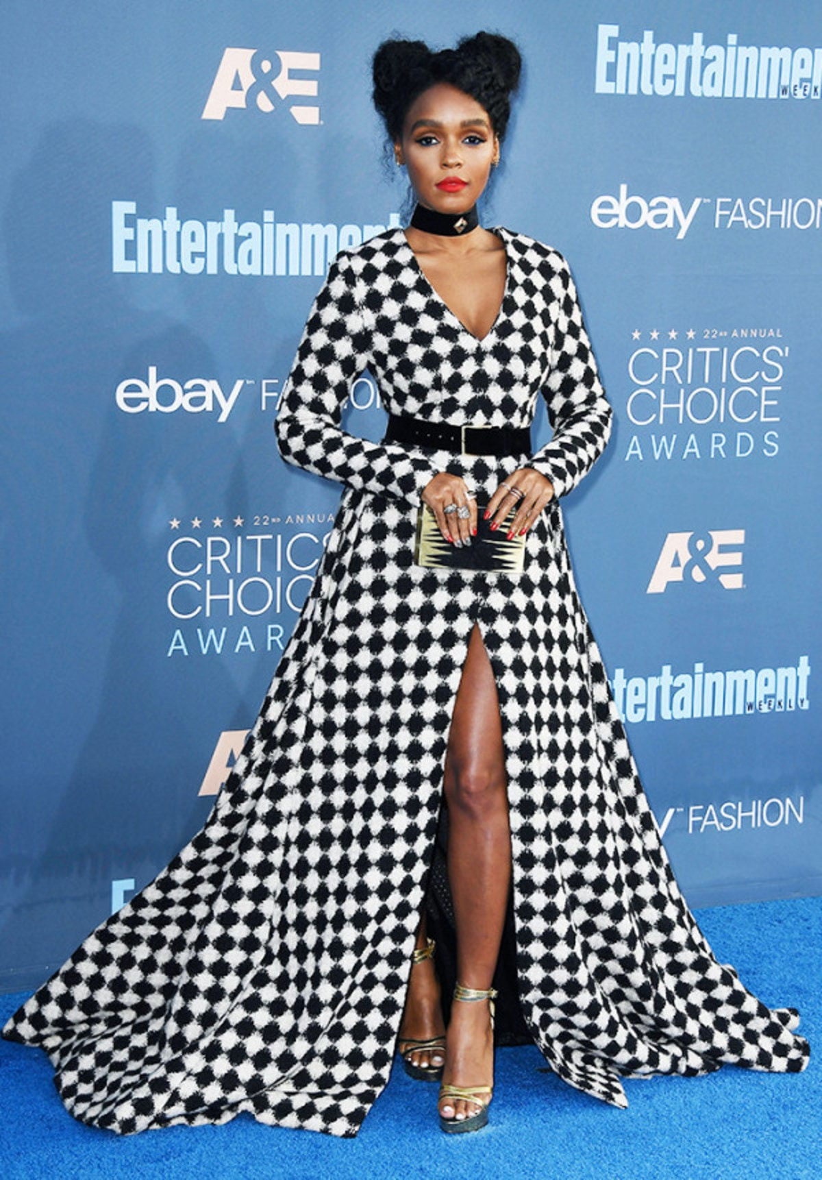 the-best-red-carpet-looks-from-the-critics-choice-awards-2075078.600x0c