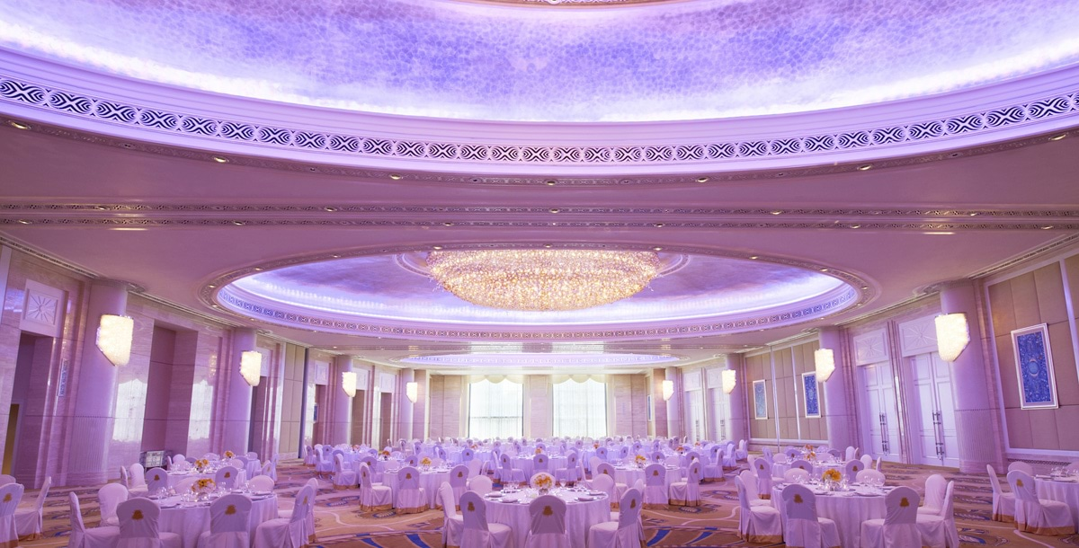The St. Regis Abu Dhabi - Al Mudhaif Ballroom Wedding