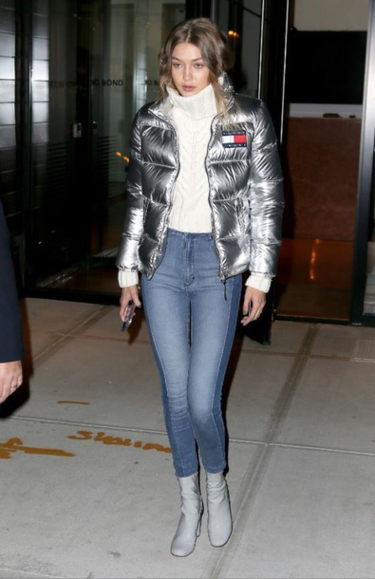 lrg4sq-l-610x610-jacket-metallic-silver-turtleneck-jeans-boots-gigi+hadid-fall+outfits-fall+jacket-turtleneck+sweater-sweater-shoes